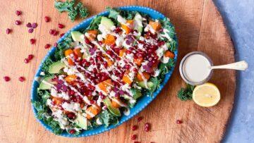 Salat med grønkål og hokkaido græskar