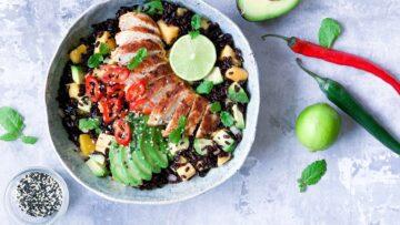 Asiatisk rissalat med kylling